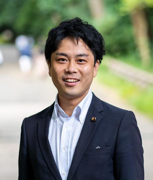 松岡篤プロフィール画像(笑顔)